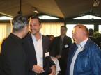 Marc Kessler, CEO der Quality1 AG (Mitte) und Hanspeter von Rotz, Geschäfsführer der Auto Welt von Rotz in Münchwilen.